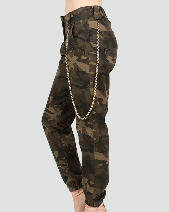 Camo Print Slant Pocket Mid Waist Tapered Pants With Chain gallery 3