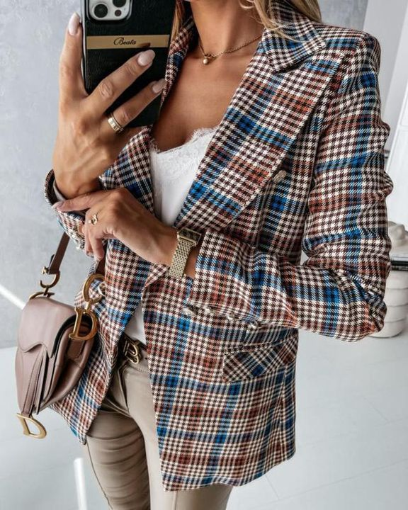 Double Breasted Pocket Detail Lapel Neck Blazer gallery 2