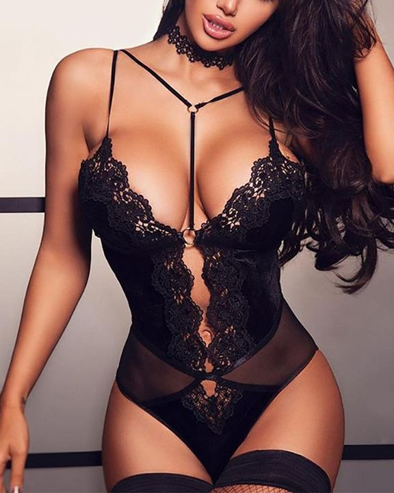 Ring Linked Scallop Trim Lace Teddy Bodysuit gallery 1
