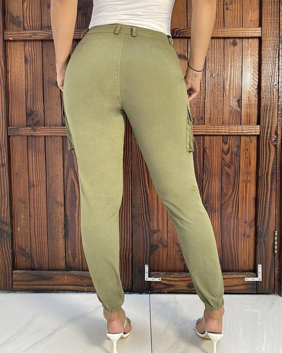 Solid Pocket Detail Belted High Waist Pants gallery 5