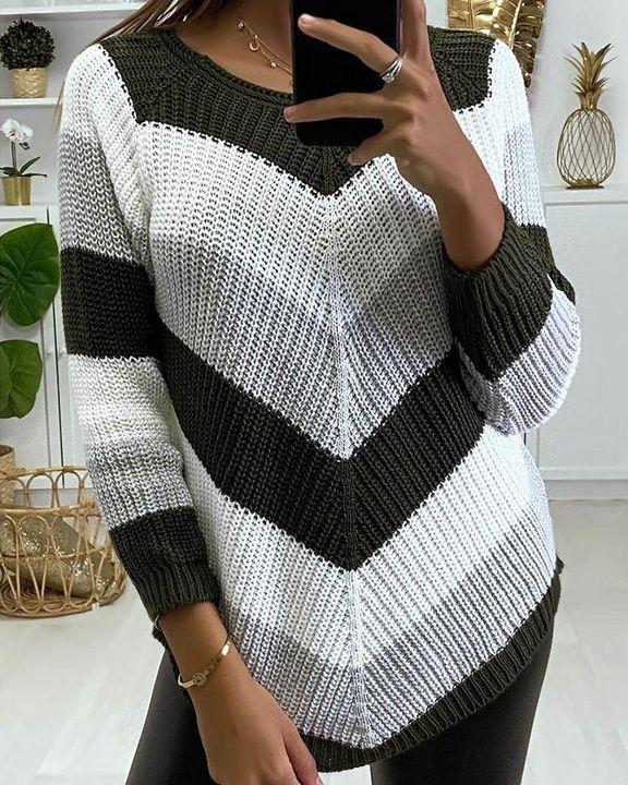 Chevron Print Ribbed Round Neck Sweater gallery 3