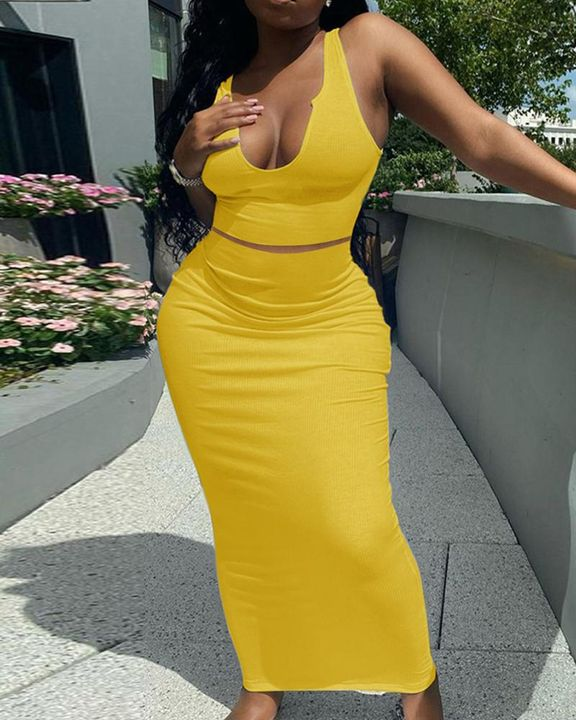 Solid Notched Form Fitting Tank Top & Skirt Set gallery 3