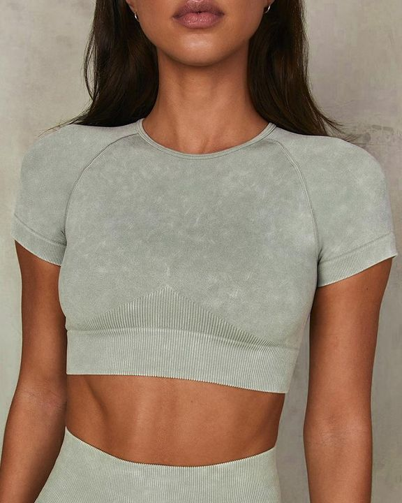Ribbed Knit Form Fitting Raglan Sleeve Sports Crop Top gallery 2