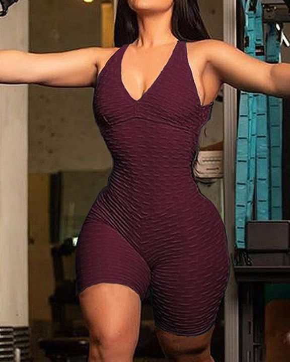 Solid Textured Cutout Back Scrunch Butt Buckle Linked Sports Romper gallery 4