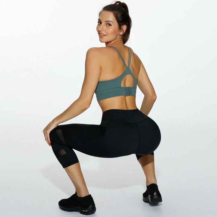 Side Pocket Patched Capris Sports Leggings gallery 2